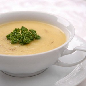 Сырный суп с манной крупой